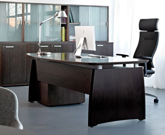 Executive Desk - RP Intuition